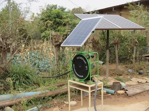 Pompes solaires: Le Centre Sainte famille de Saaba, un partenaire de qualité et à moindre coût