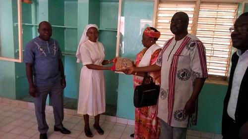 Solidarité Nationale: Les pharmaciens de l'Ouest au secours de l'orphelinat «Den Kanu»
