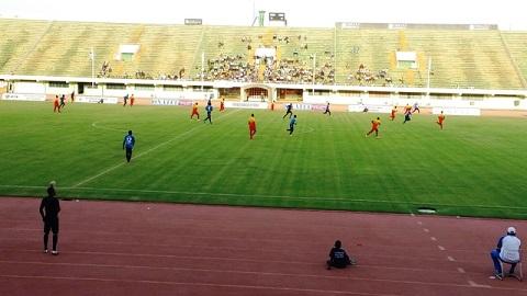 Championnat D1: L'ASFA et l'EFO coupent la poire en deux (0-0)