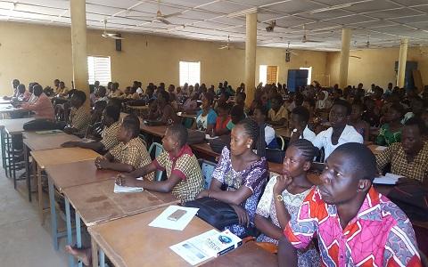 Campagne d'éducation au numérique: Les scolaires de Koudougou sensibilisés pour un meilleur usage des TIC