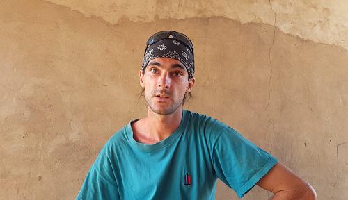 De Maizières-lès-Vic à Ouagadougou: Sur les traces de Nicolas, un jeune français éleveur de porcs