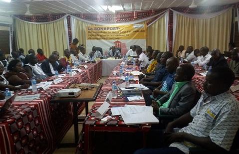 SONAPOST: Le nouveau directeur général a échangé avec les chefs d'agences de la région du centre