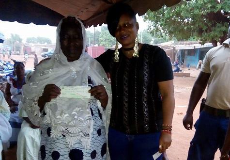 Hadj 2018: Rama la Slameuse veut financer le voyage de 16 femmes âgées