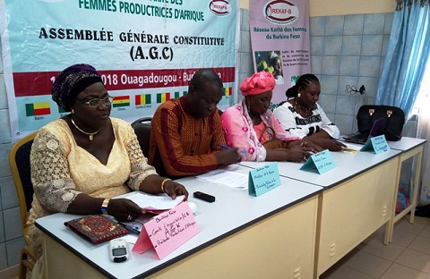 Filière karité au Burkina: Des productrices dénoncent une récupération  des investisseurs étrangers