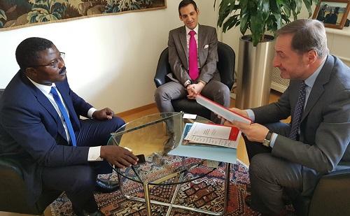 Coopération Burkina-Suisse: L'Ambassadeur Sougouri a remis les copies figurées de ses lettres de créance