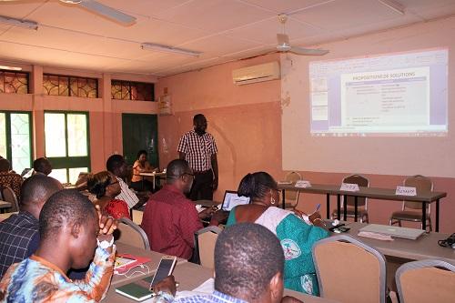 Lutte contre le paludisme: 50 radios affutent leurs émetteurs pour un changement de comportement
