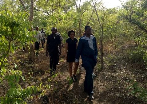 Environnement: Le ministre Nestor Bassière et Audrey  Pulvar dans le ranch de gibier de Nazinga