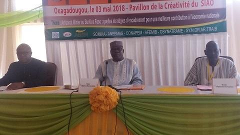 Forum sur l'artisanat minier: Améliorer la contribution de l'exploitation minière artisanale à l'économie nationale