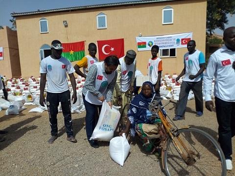 Ramadan 2018: l'ONG FOSAPA fait un don de vivres d'une valeur de 98 millions F CFA