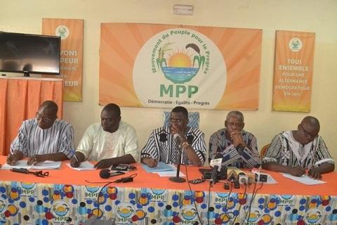 Vie politique nationale: Le bilan du président Roch Kaboré plaide clairement en faveur de sa réélection en 2020, selon la majorité présidentielle