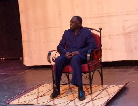 Hommage au président de la Transition: Michel Kafando gratifié d'un tableau
