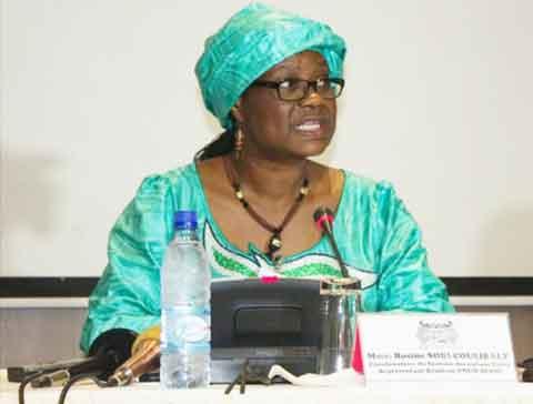Grève des syndicats des finances: Les services fonctionnent et les salaires seront payés, rassure la ministre Rosine Coulibaly