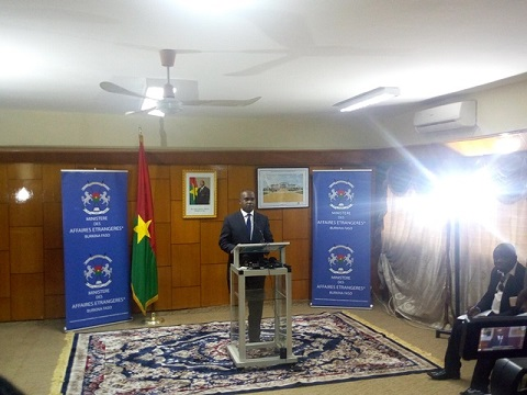 Diplomatie: Le Burkina rompt ses relations diplomatiques avec la Chine Taïwan
