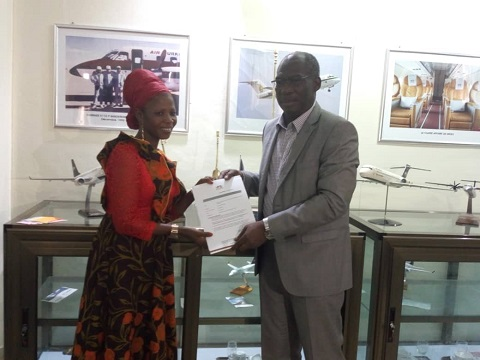 Kundé 2018: Hawa Boussim reçoit deux billets d'avion d'Air Burkina