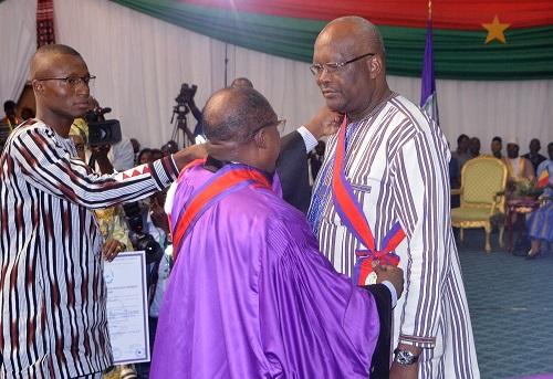 Cinquantenaire du CAMES: Le président du Faso élevé à la dignité de Grand-croix de l'Ordre international des palmes académiques