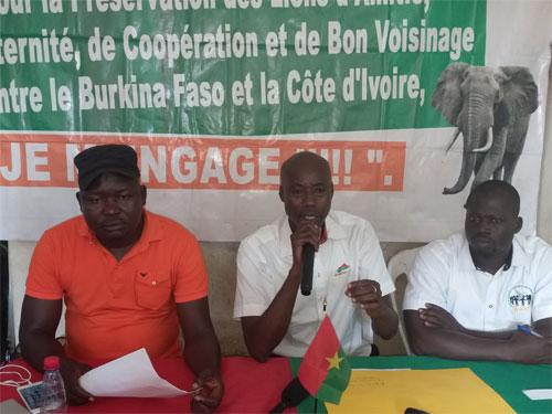 Nouveau code électoral: Les jeunes Burkinabè en Côte d'ivoire craignent d'être victimes d'abus et d'exactions