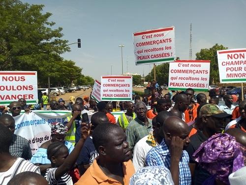 Grogne sociale au Burkina: Des commerçants marchent pour exprimer leur ras-le-bol