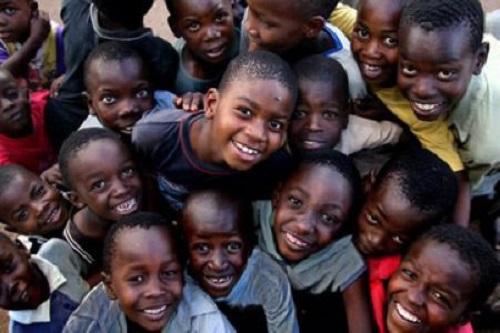 Éducation: Faut-il être réaliste, strict ou permissif avec les enfants?