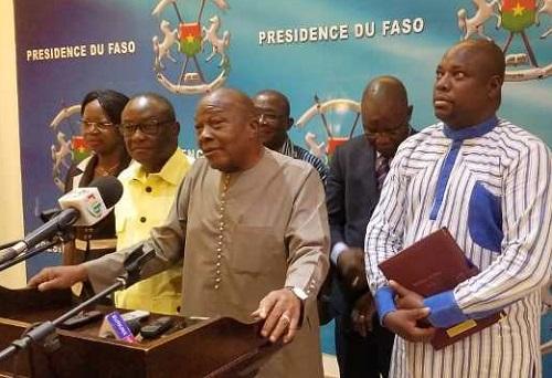 Présidence du Faso: Le Haut-conseil de dialogue social présente ses organes et ses instances à Roch Kaboré