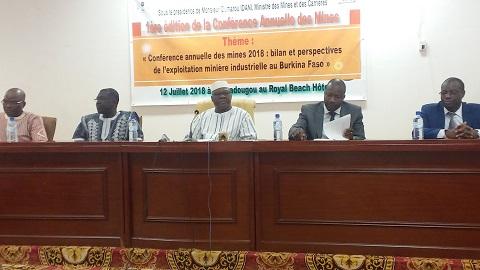 1re  édition de la conférence sur les mines: les perspectives de l'exploitation minière au cœur de la réflexion