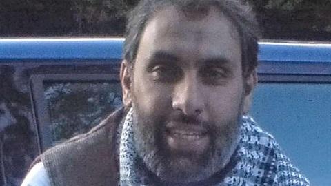 Attentats à Paris: Libéré, l'islamiste Djamel Beghal quitte le territoire français