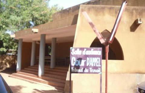 Bimensuel «Mutations»: Le directeur de publication condamné à verser 9 millions 500 mille francs CFA