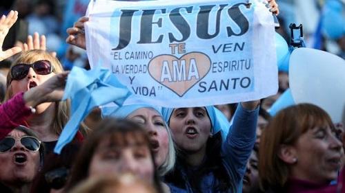 Argentine: Le Sénat rejette un projet de loi sur l'avortement, un sujet encore tabou au Burkina