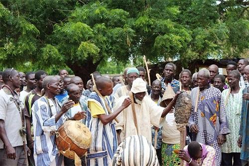Intronisation d'un Chef de terre (Tengsoba) à Manéga: Quand la mort côtoie la vie