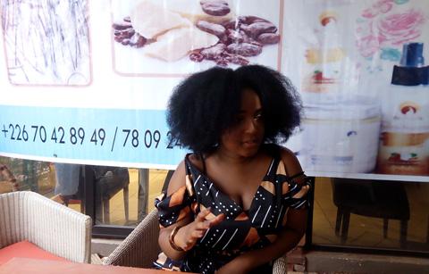 Entrepreneuriat féminin: Chef d'entreprise à 21 ans, Hillary Zoungrana s'occupe des cheveux avec Be-neere Cosmetics