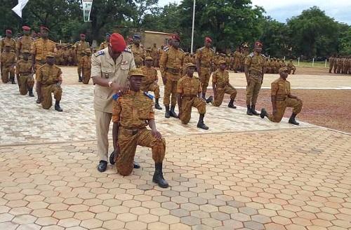 Formation militaire initiale: 1 100 recrues désormais aptes à servir la nation