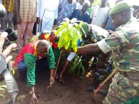 Mouhoun: 6 120 plants pour restaurer le couvert végétal