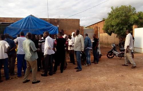 Burkina: Des chauffeurs routiers lancent une grève illimitée