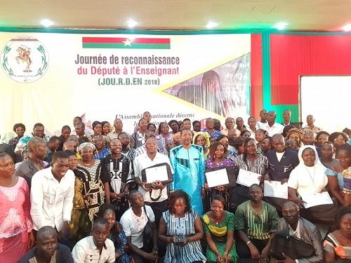 Éducation: 95 instituteurs sous les projecteurs de l'Assemblée nationale