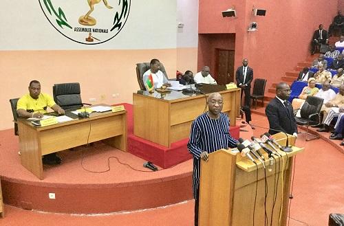 Insécurité au Burkina: Des engrais offerts par le ministère de l'Agriculture auraient servi à fabriquer des explosifs