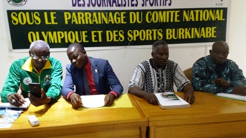 Athlétisme: Les journalistes sportifs apprennent les règles des compétitions