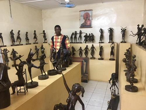 Jean-Luc Bambara: L'art de la case maternelle, aux quatre coins du monde