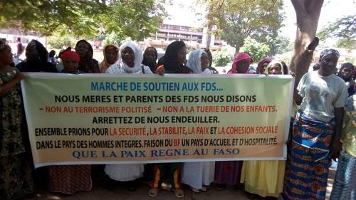 Bobo-Dioulasso: Des femmes ont marché pour dire non au «terrorisme politisé»
