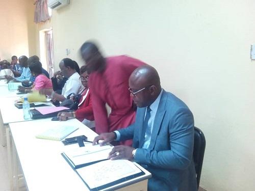 Audition parlementaire: Le ministre de la Communication et des Relations avec le parlement plaide pour la subvention des presses privées