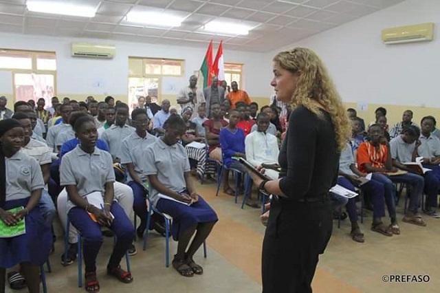 Coopération canado-burkinabè: La gouverneure générale, Julie Payette, visite des infrastructures éducatives