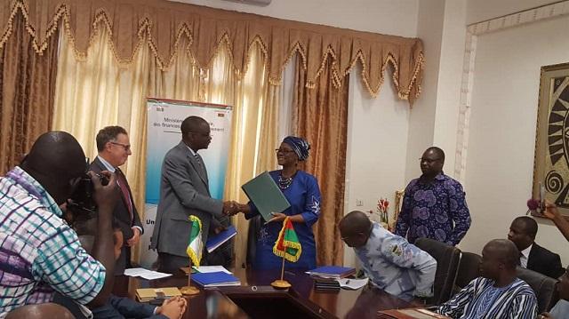 BAD-Burkina Faso: Deux conventions pour le financement de secteurs-clés du PNDES