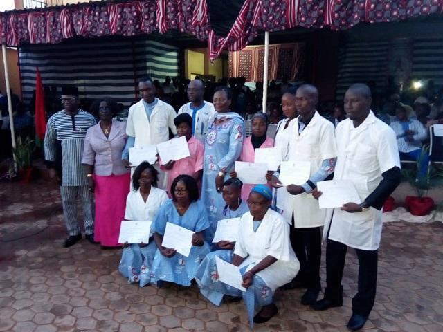Ecole privée de santé Sainte-Edwige: La 11e promotion s'engage à lutter contre le cancer du sein et du col de l'utérus