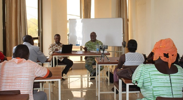 ISCOM Master class: Le journaliste Sayouba Traoré s'ouvre aux étudiants