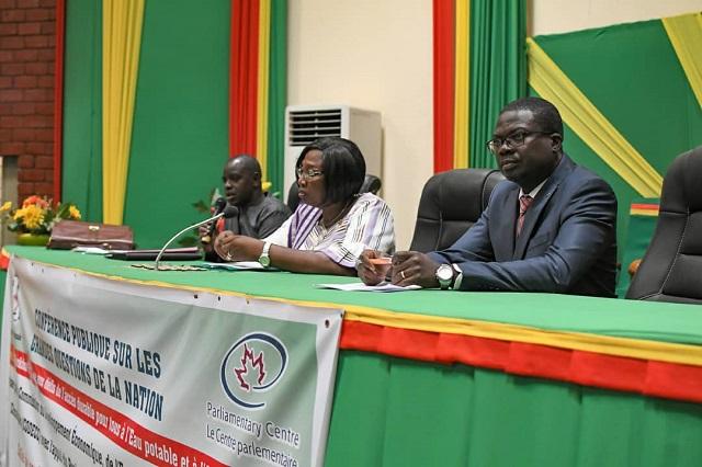 Assemblée nationale: Une première conférence sur les grandes questions de la nation