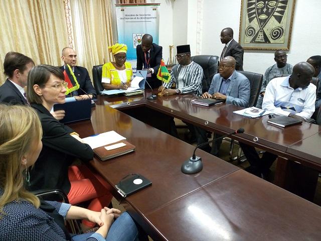 Coopération Burkina-Allemagne: Deux accords de financement au profit de la décentralisation et de l'eau