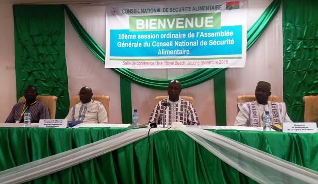 Alimentation: La politique nationale en examen à Ouagadougou