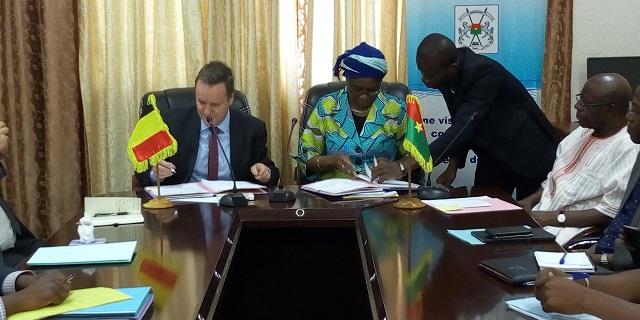 Accès à l'eau potable au Burkina: Un coup de pouce venu de la Belgique