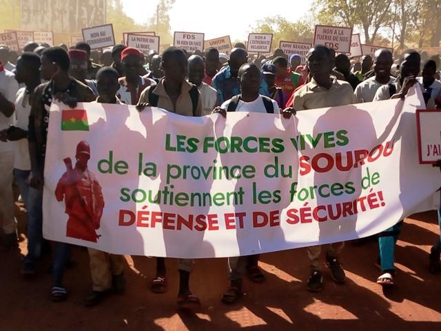 Sourou: Les populations dans la rue pour soutenir les Forces et défense et de sécurité