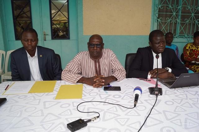Mission d'information de la CENI en Côte d'Ivoire: Face à face entre le commissaire Elysée Ouédraogo et les Burkinabè d'Abidjan