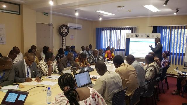 Evaluation des politiques et institutions en Afrique: Au Burkina, le poids de la masse salariale évince les investissements publics