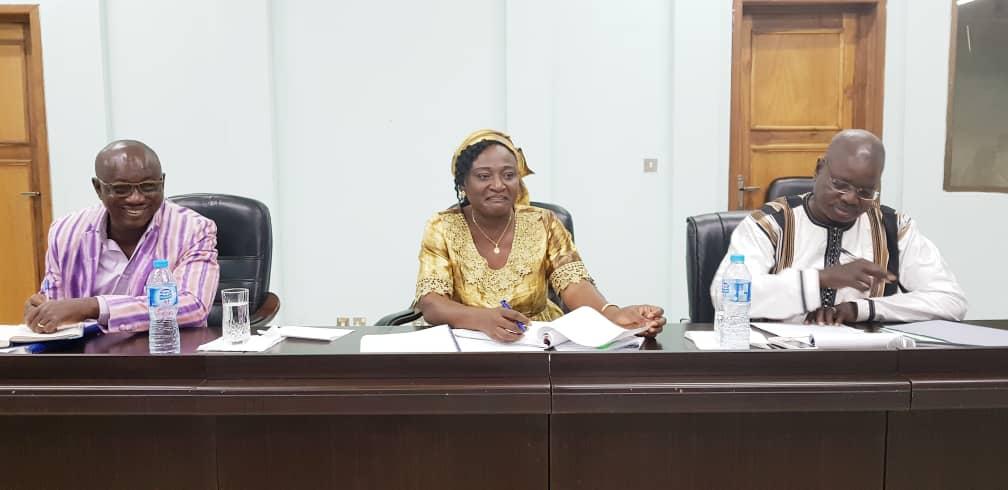 Vote des burkinabè de l'extérieur: La CENI rencontre les Burkinabè vivant au Nigeria